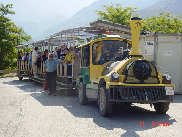 16-06-2005 Tramacastilla: Tren turístico