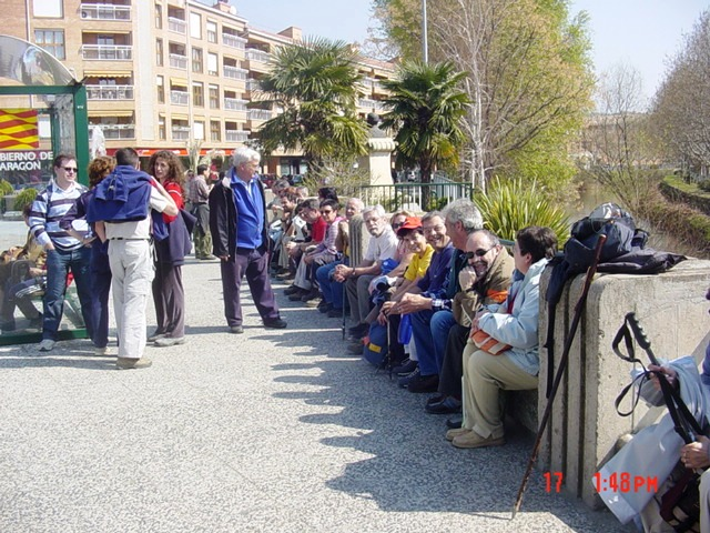17-03-2007 esperando al autobús en Calatayud