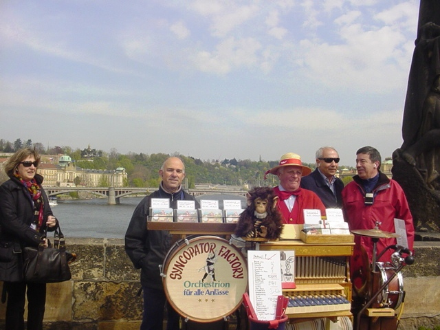 21-04-2008 en el Puente de Karlos IV de Praga