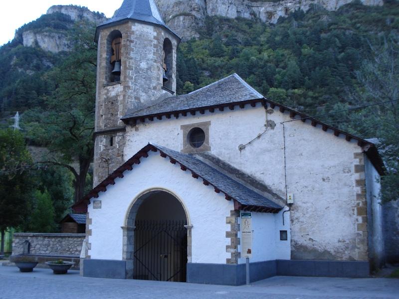 Iglesia de Canfranc-pueblo