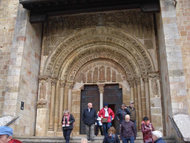 Portada de la iglesia de Leyre
